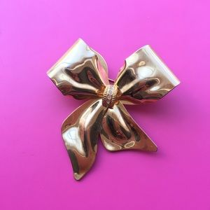 Jewelry - Vintage Bow pin